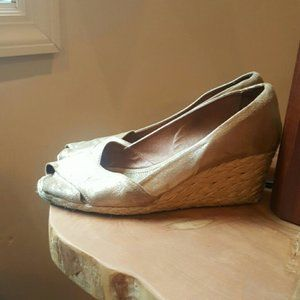 Gold leather espadrilles wedges made in spain  9